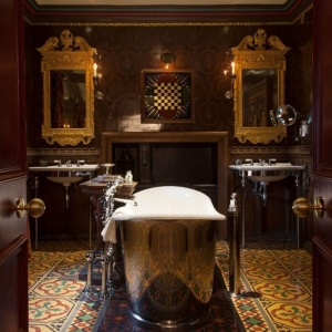 Chic Scotland - The Witchery by the Castle