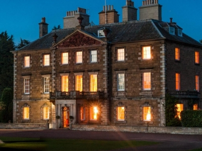 Chic Scotland - Gilmerton House