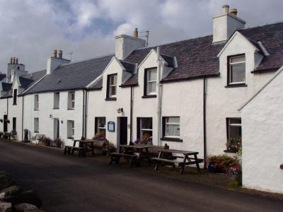 Chic Scotland - Loch Bay Restaurant