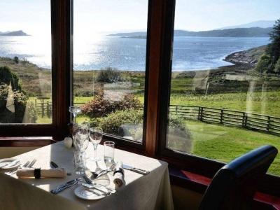 Chic Scotland - Loch Melfort Hotel