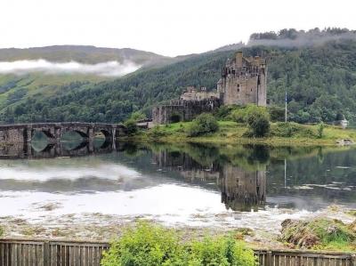 Eilean Donan Castle - www.chicscotland.com