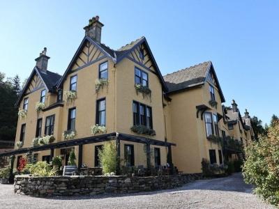 Chic Scotland - Craigellachie Hotel