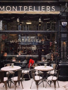Chic Scotland - Montpeliers Bar and Brasserie
