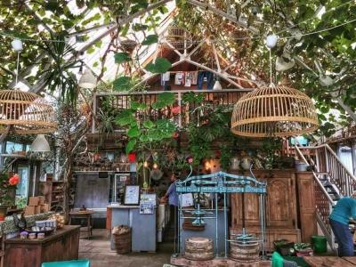 Chic Scotland - The Glass Barn Cafe