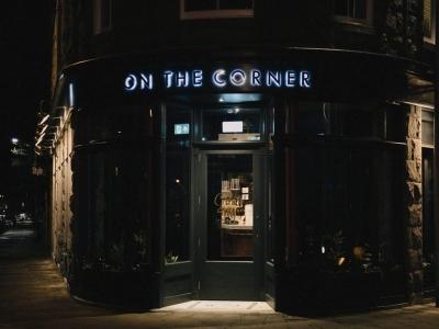 Chic Scotland - Cognito on the Corner