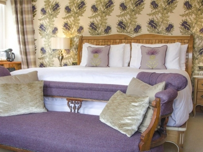 Chic Scotland - Firhall Highland Bed and Breakfast